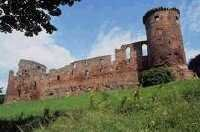 Bothwell Castle - Uddingston - Castle