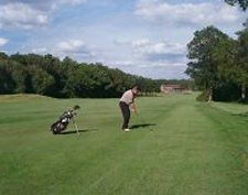 The Drift Golf Club - East Horsley - Golf